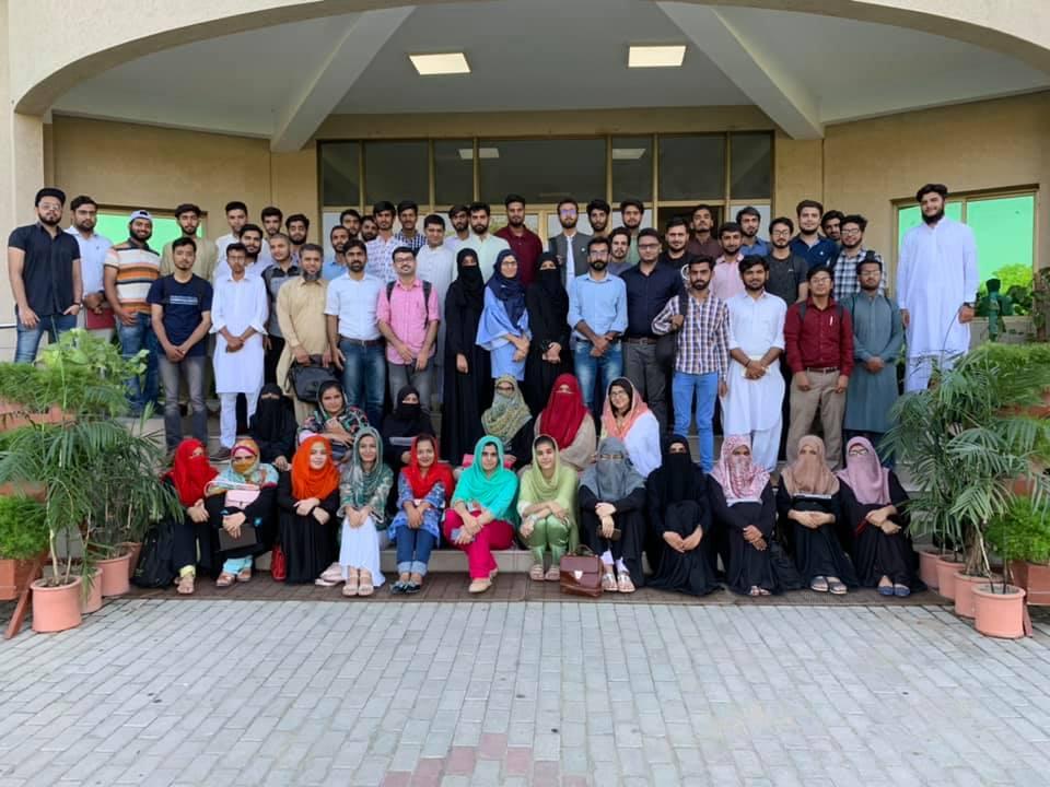 group-photo-2 New Attock WordPress Meetup Empowers Pakistani Women Freelancers and Business Owners – WordPress Tavern