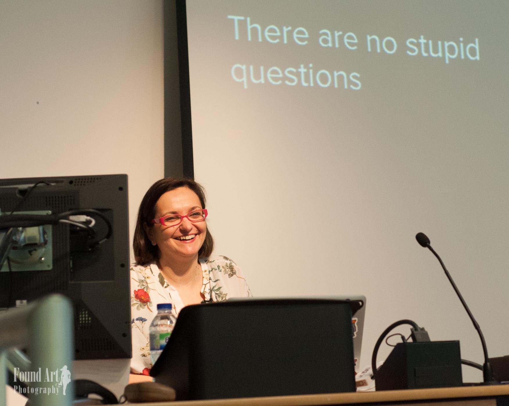 Francesca Marano speaking at WordCamp London 2016